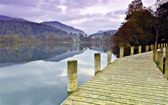 Papéis de Parede Lago, ponte, árvores, montanhas, manhã