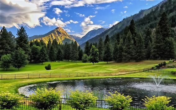 Papéis de Parede Montanhas, árvores, grama, lagoa, fonte, cerca, arbustos