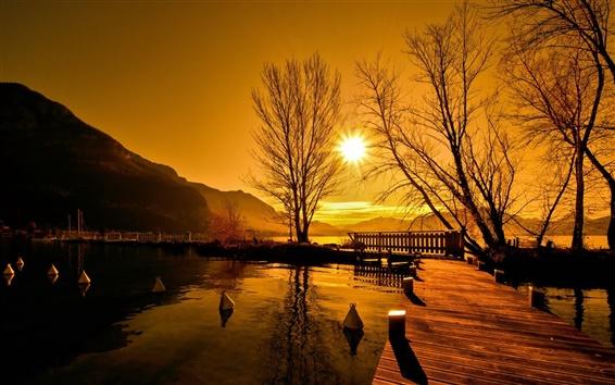 Fond d'écran Coucher de soleil, pont, lac, arbres