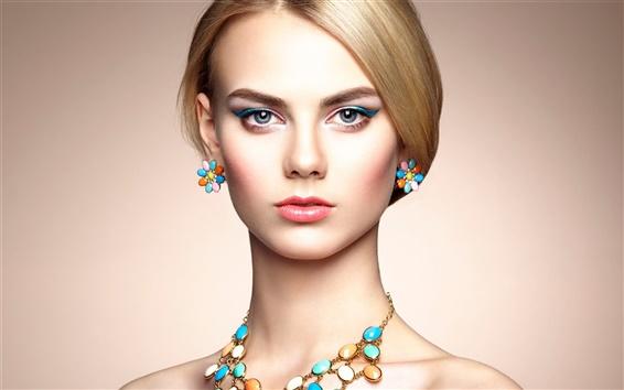 Wallpaper Beautiful fashion girl, portrait, makeup, jewelry