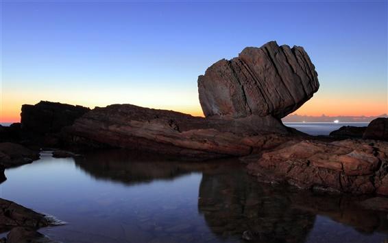 Fond d'écran Mer, les rochers, coucher de soleil, au crépuscule