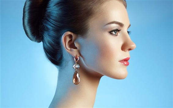 Wallpaper Fashion girl side view, earrings