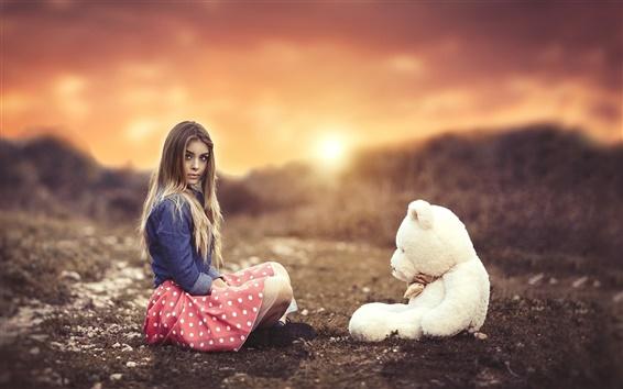 Hintergrundbilder Mädchen mit Teddybären, Sonnenuntergang
