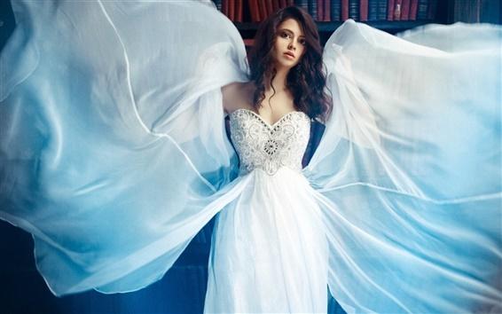 Papéis de Parede Branca menina do vestido, asas