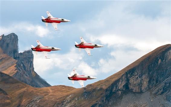 Fondos de pantalla Aeronaves, cuatro luchadores en el cielo