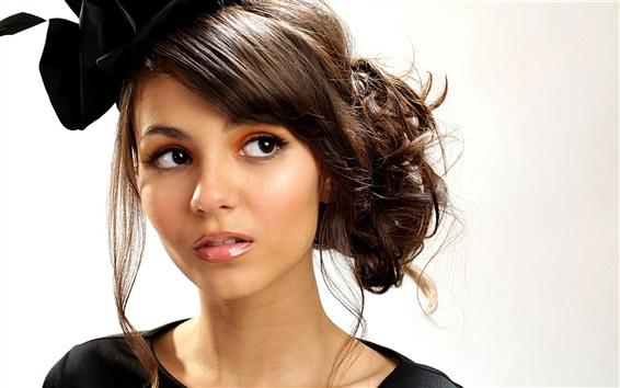 Fond d'écran Fashion girl, visage, coiffure