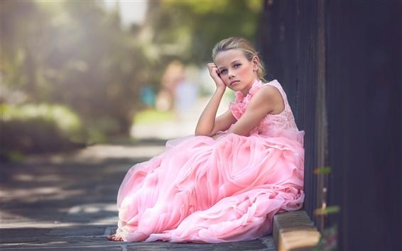 Обои Розовое платье милые девушки мышление