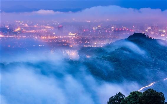 Обои Тайвань, Тайбэй, город, вечер, сумерки, фонари, туман, облака