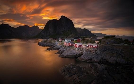 壁紙 ノルウェー、空、雲、夕日、海、山、村、家