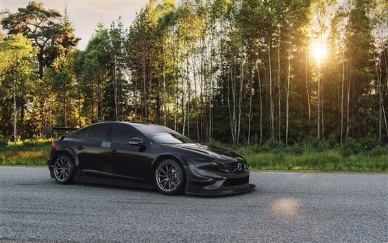 Обои 2016 Volvo S60 Polestar черный автомобиль, лес, солнце