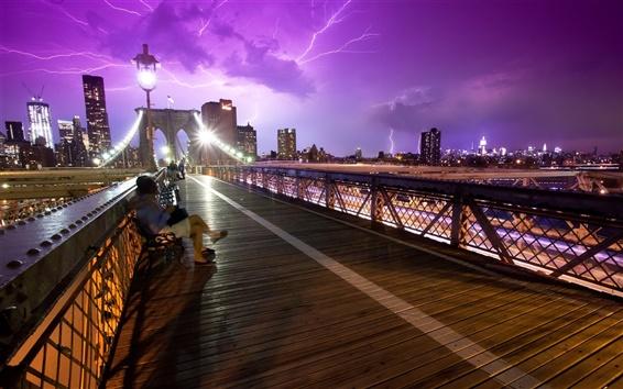 Fondos de pantalla Ciudad de Nueva York, EE.UU., el puente, la gente, la tormenta, la noche, el relámpago