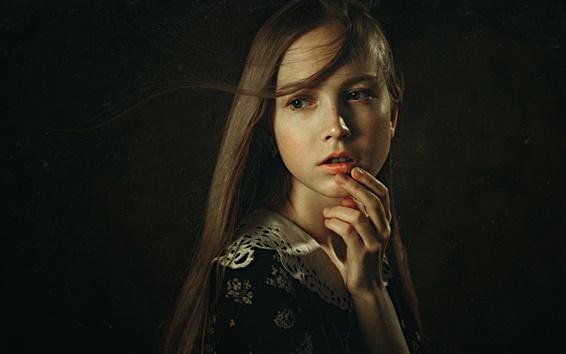 Wallpaper Retro girl portrait, black background