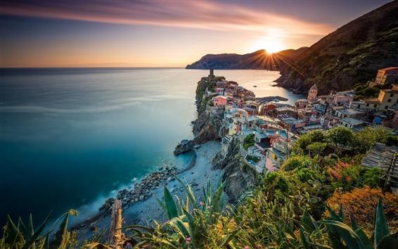 Fond d'écran Vernazza, Cinque Terre, Ligurie, Italie, mer, océan, côte, coucher de soleil, maisons