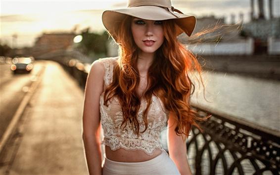 Fond d'écran Attractive girl, chapeau, chemise, jupe, bokeh, portrait