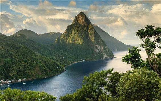 Fond d'écran Montagnes, nuages, rivière, arbres, bateaux