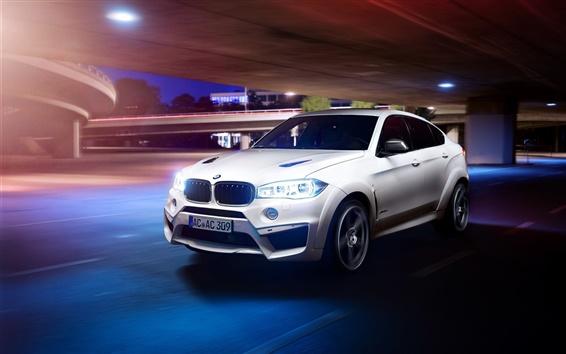 Обои BMW X6M Сокол белый автомобиль, свет, ночь