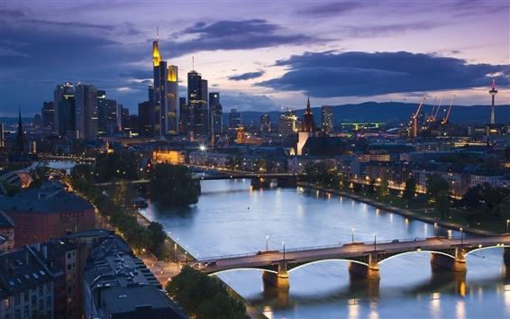 Fond d'écran Francfort, Allemagne, le soir, gratte-ciel, rivière, ponts, rues, lumières