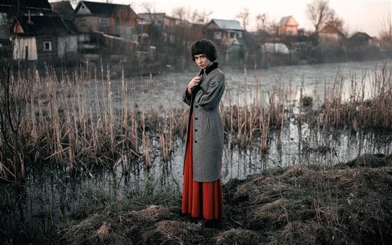 Papéis de Parede Menina do cabelo curto, casaco, aldeia, pântano