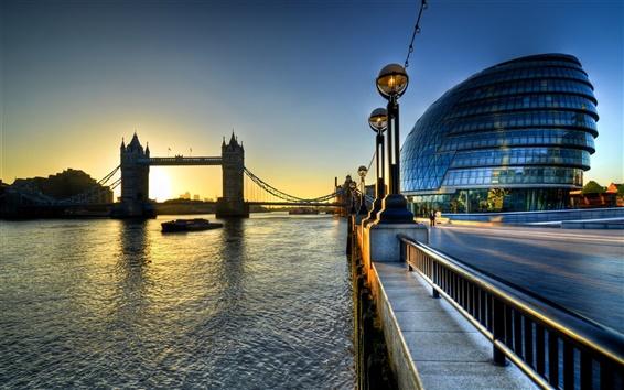 Fond d'écran Tower Bridge, Angleterre, Londres, bâtiments, rivière Thames, le lever du soleil, le matin