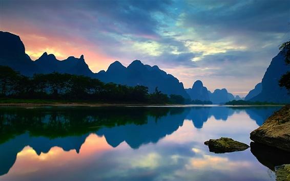 Wallpaper China, Yangshuo, Guangxi, Lijiang river, mountains, water reflection, sunset