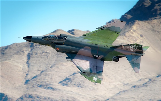 F 4 (戦闘機)の画像 p1_18