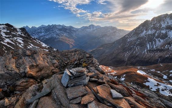 Fond d'écran Montagnes, nuages, roches, neige, coucher de soleil