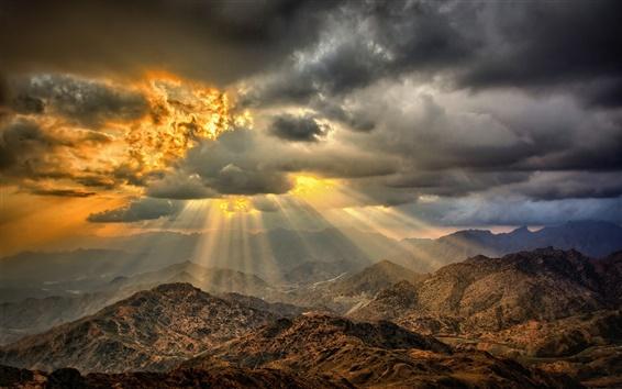 Fond d'écran Coucher de soleil, nuages, montagnes, désert