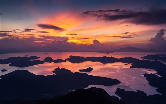 Fond d'écran Hong Kong, la Chine, le matin, mer, côte, ciel rouge, les nuages, le lever du soleil
