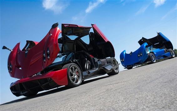 Обои Pagani красный и синий суперкары