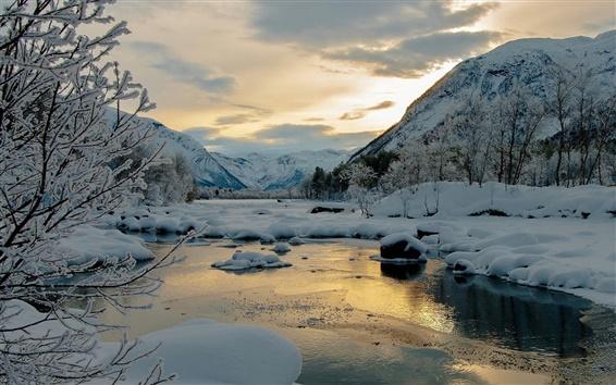Fond d'écran Hiver, neige, montagnes, arbres, rivière, crépuscule