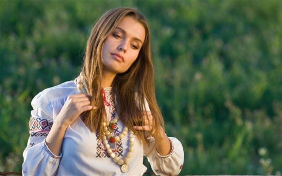 Fond d'écran Jeune fille blonde en été, portrait, humeur
