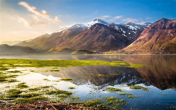 Wallpaper Italy beautiful nature, lake, mountains, grass, water, blue sky