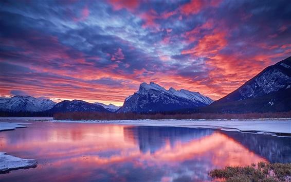 Обои Зима, снег, озеро, небо, облака, закат, свечение, горы