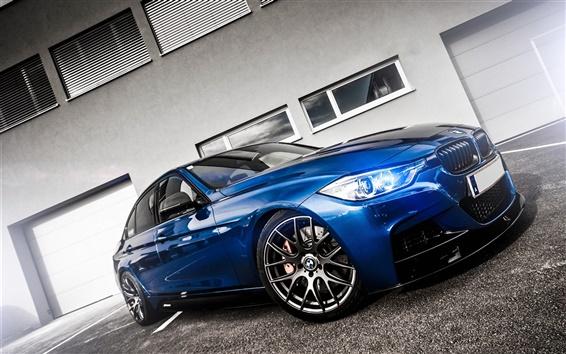 Обои BMW синий автомобиль вид спереди, свет