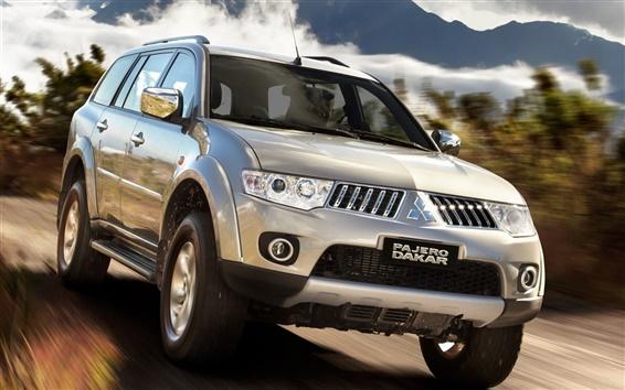 Fondos de pantalla Mitsubishi Pajero Dakar, la velocidad del coche SUV