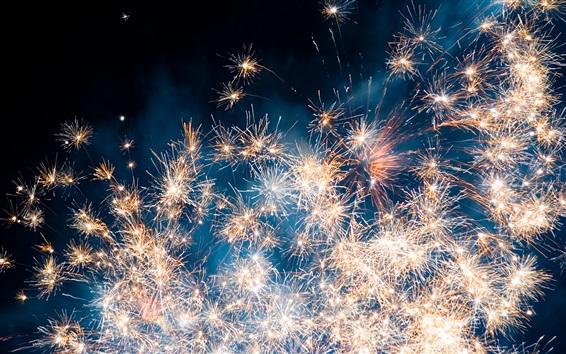 Fond d'écran Beau ciel de nuit, feux d'artifice