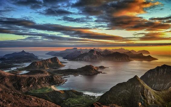 Обои Himmeltinden, Leknes, Норвегия, закат, горы, облака