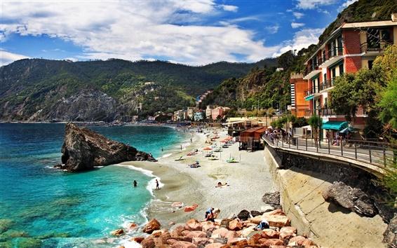 Fondos de pantalla Italia, Monterosso, mar, costa, playa, casas, montañas