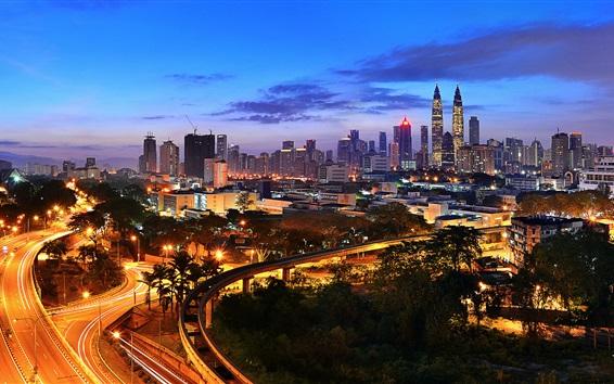 Обои Куала-Лумпур, Малайзия, вид на ночной город, освещение