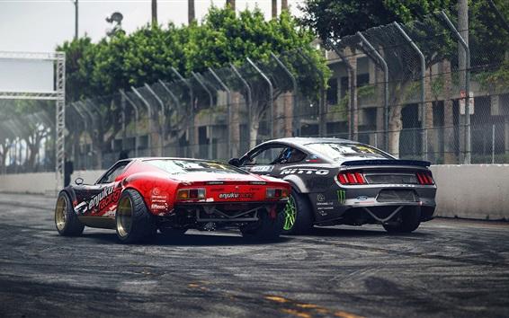 Fondos de pantalla Lamborghini y Ford Mustang coches de visión trasera