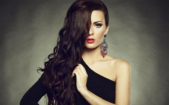 Обои Макияж мода девушка, красные губы, длинные волосы, серьги, плечо черное платье