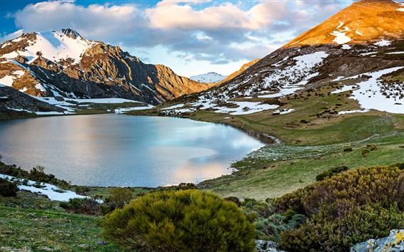 Обои Горы, озеро, снег, Кастилия и Леон, Испания
