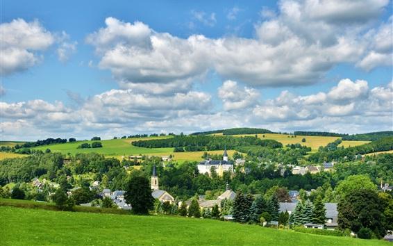 壁紙 ノイハウゼンエルツ山地、ドイツ、町、木、フィールド、雲
