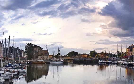 Fond d'écran Les Vieux Bassin, Honfleur, France, rivière, bateaux, crépuscule, maisons