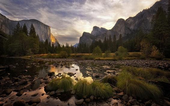 Обои Национальный парк Йосемити в сумерках, горы, облака, деревья, США
