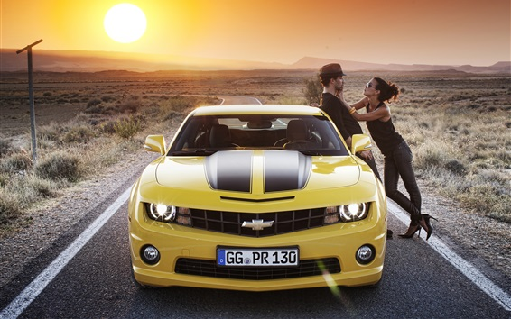 Fond d'écran 2012 Chevrolet Camaro voiture jaune devant vue