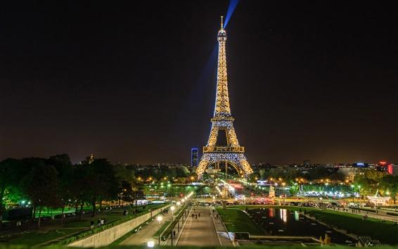 Papéis de Parede Opinião bonita da noite, Torre Eiffel, holofotes, Paris, França