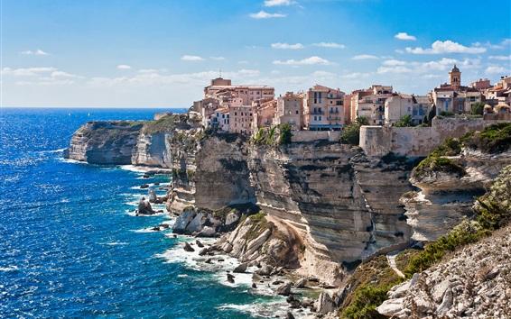 Fondos de pantalla Córcega, Francia, casas, mar, costa, acantilado, rocas, cielo azul