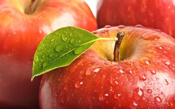Fondos de pantalla manzanas rojas frescas, hojas, gotas de agua