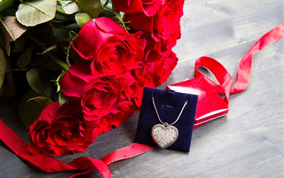 Wallpaper Happy Valentine's Day, romantic, red roses, diamond necklace